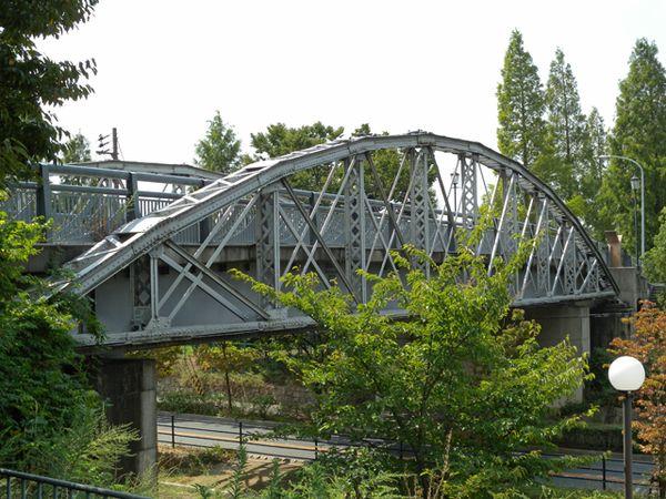 大阪市の名所旧跡史跡: 鶴見緑地西橋3(旧心斎橋)
