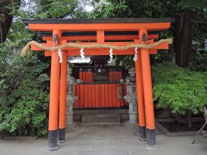 八阪神社3(熊野神社)ds